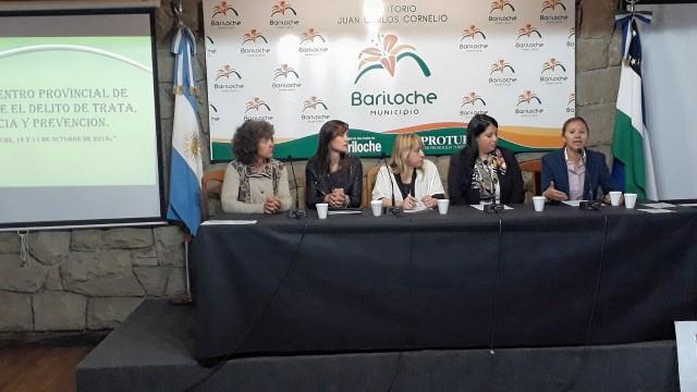 """La Defensoría del Pueblo de Bariloche participa del II Encuentro Provincial sobre """"El Abordaje del delito de Trata de personas, su asistencia y prevención"""""""