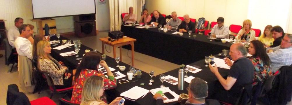 Los Defensores del Pueblo reunidos en el marco del III Plenario de la ADPRA