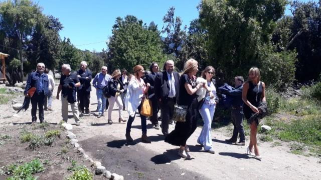 Los Defensores del Pueblo realizaron recorrida por el barrio Intercultural