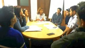 Reunión con vecinos de la Cooperativa Rucas del Sur, referentes del IPPV y del IMTVHS
