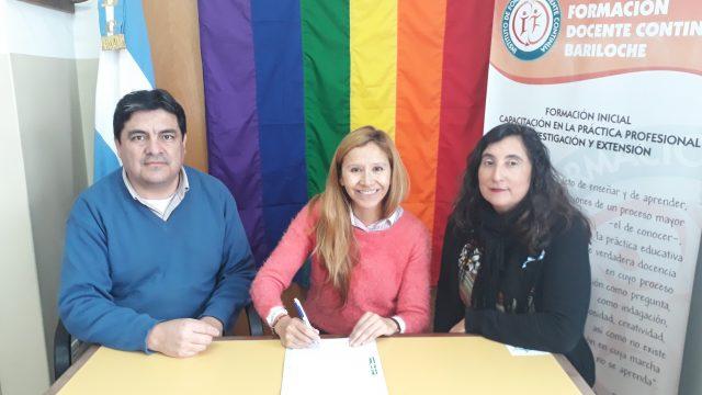 La Defensoría del Pueblo de Bariloche y el Instituto de Formación Docente celebraron firma de convenio