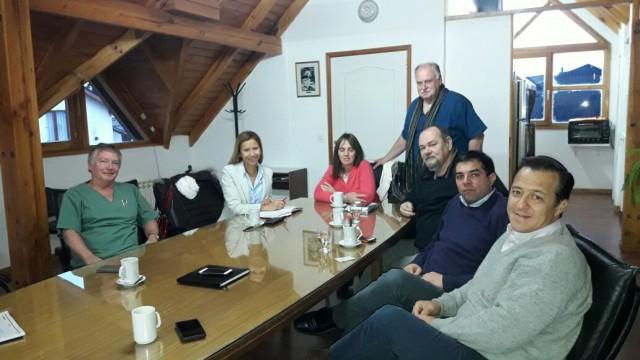 Defensora del Pueblo se reunió con Colegio Medico por PAMI