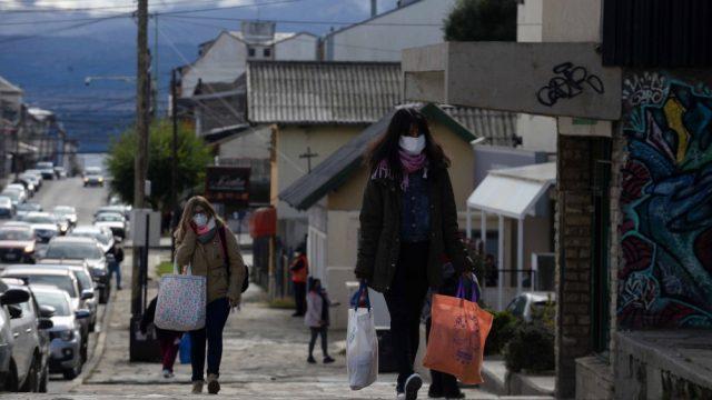 La Defensoría del Pueblo de Bariloche reiteró solicitud para que trabajadores temporarios perciban el Ingreso Familiar de Emergencia