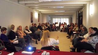 """El equipo de la Defensoría del Pueblo de Bariloche participó de taller sobre """"Comunicación Efectiva para Mediadores"""""""