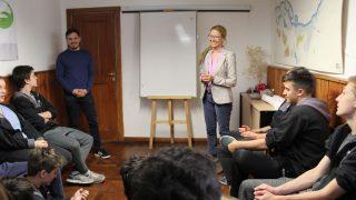 La Escuela Cooperativa Técnica Los Andes participó de visita educativa en la Defensoría del Pueblo de Bariloche